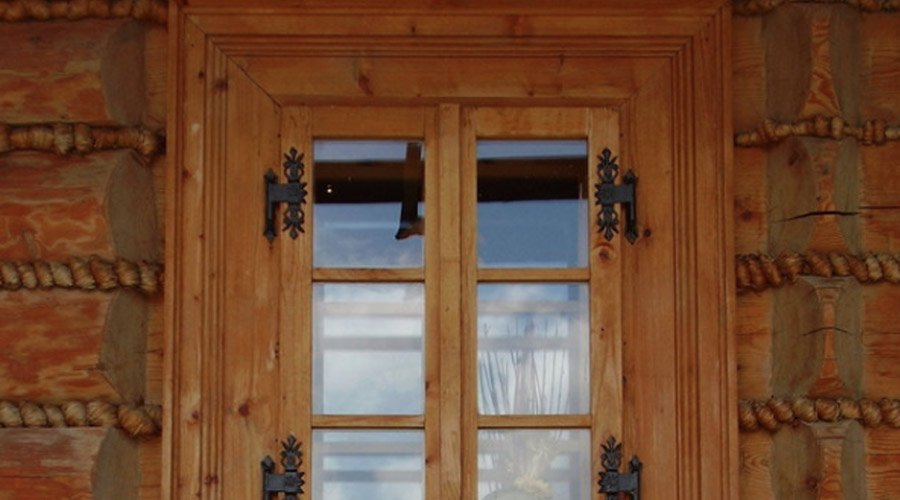 out-swinging-wood-casement-window